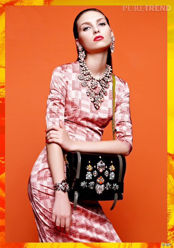 Le must have de Marijke : bijoux Shourouk, collier Charlotte, environ 700 €