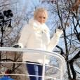 Kristin Chenoweth immaculée à la parade de Thanksgiving Macy's, à New York.