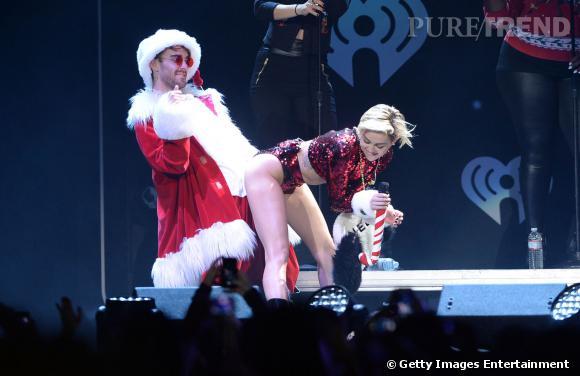 Lors du Jingl Ball de Kiss FM, Miley Cyrus avait déjà réalisé un twerk avec Papa Noël.