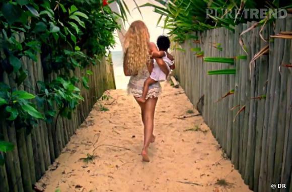 Beyoncé frappe fort en sortant son nouvel album éponyme sans promo et sur lequel on retrouve sa propre fille.