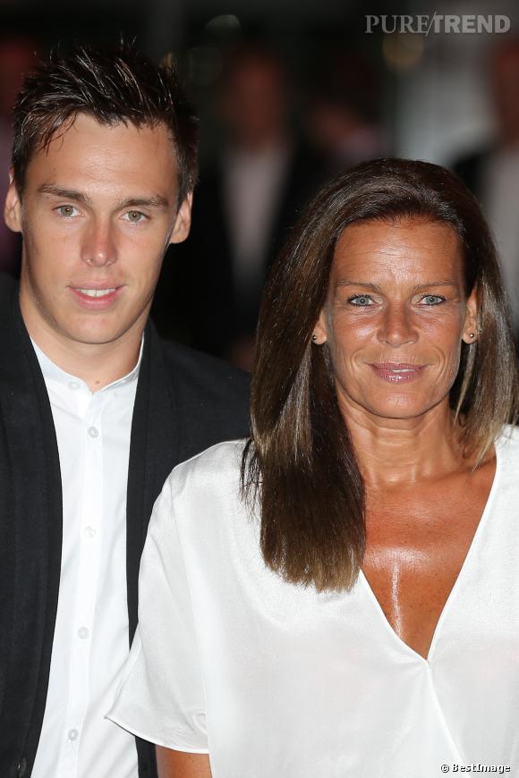 Louis Ducruet est le fils de Stéphanie de Monaco et Stephane Ducruet. Sa soeur, Pauline, semble plus motivée pour reprendre le flambeau devant les photographes.