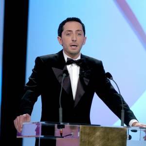 Gad Elmaleh a aussi une expérience en tant que présentateur de soirées ! Le voilà aux César 2005.