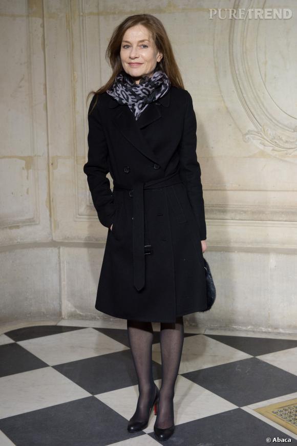 Isabelle Huppert au défilé Haute Couture Printemps-Été 2014 Christian Dior.