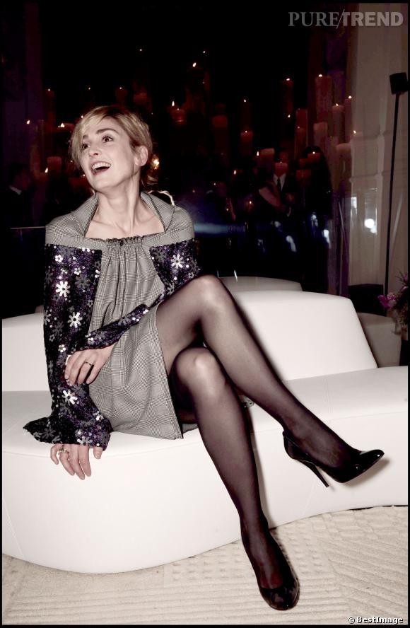 Julie Gayet annule sa première apparition officielle.