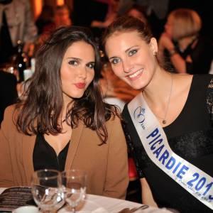 """Joyce Jonathan et Miss Picardie, rayonnantes au gala de charité """"Pièces Jaunes""""."""