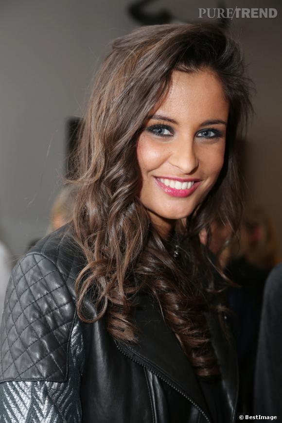 Malika Ménard, un joli look et un minois à tomber.