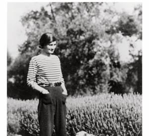 Gabrielle Chanel et sa célèbre marinière.