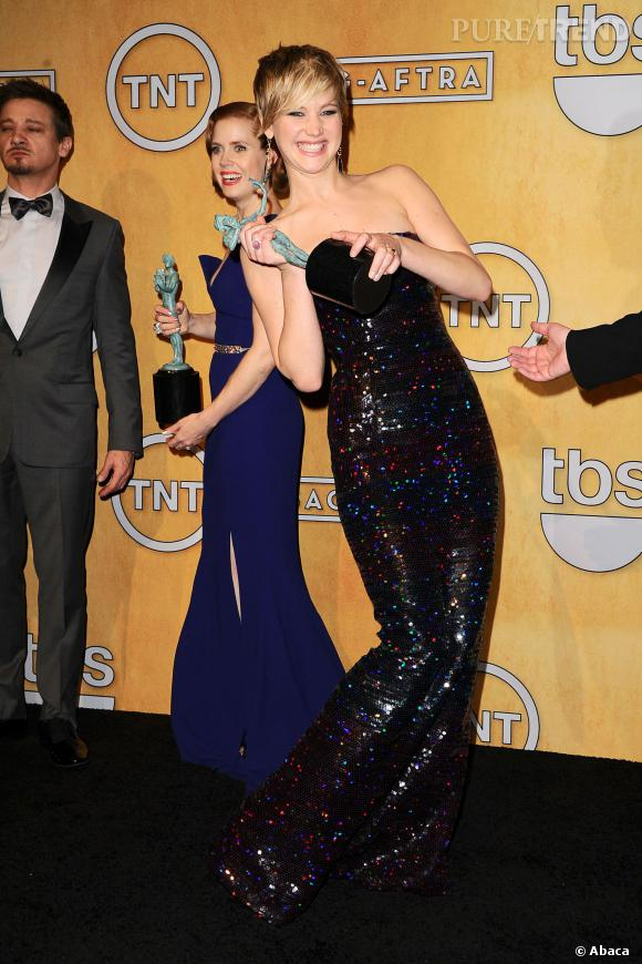 Serait-ce toutes ses grimaces qui auraient coûté à Jennifer Lawrence sa place dans le classement des femmes les plus désirables de 2014 ?