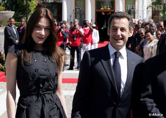 Carla Bruni et Nicolas Sarkozy, couple ultra-chic au Chad en 2008.