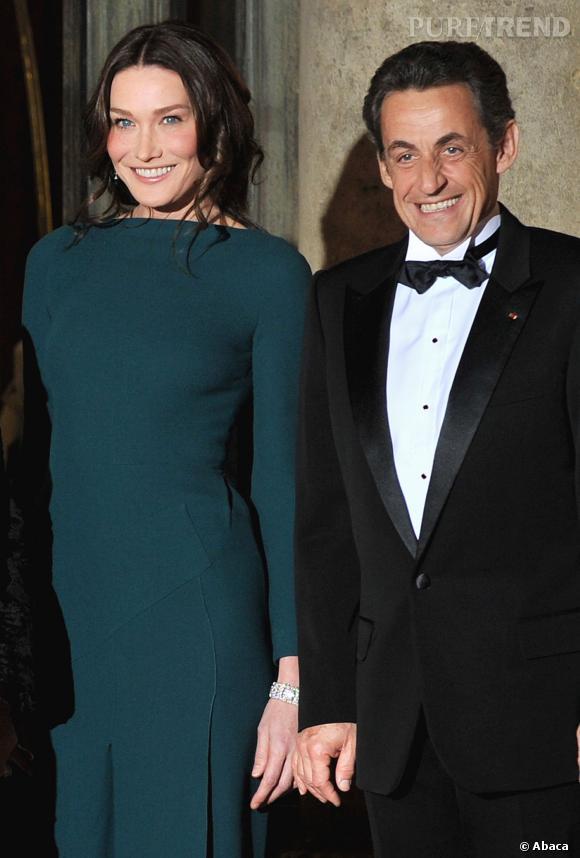 Carla Bruni et Nicolas Sarkozy, le couple glamour en dîner à l'Elysée en 2009.