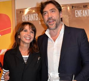 """Javier Bardem a reçu un prix d'honneur lors de la projection du film documentaire """"Enfants des nuages, la dernière colonie""""."""