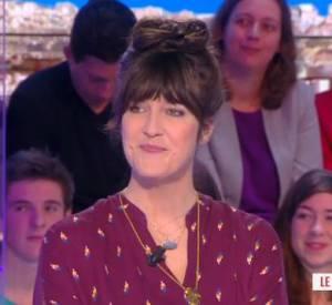 """Invitée sur le plateau du Grand 8 sur D8 le 19 février 2014, Daphné Burki avoue que """"la télé, c'est un accident heureux"""", pour parler de sa carrière. (27:30)"""