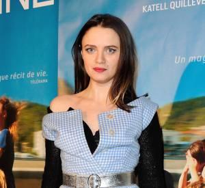 """Sara Forestier, la robe vichy très couture à la première du film """"Suzanne"""" pour lequel elle est nominée aux César 2014 pour le prix de la Meilleure Actrice."""