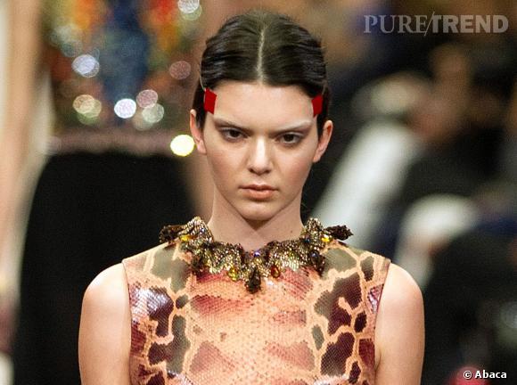 Kendall Jenner faisait partie des mannequins sur le catwalk au défilé Givenchy.