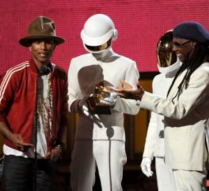 Pharrell Williams et les Daft Punk lors des Grammy Awards 2014.