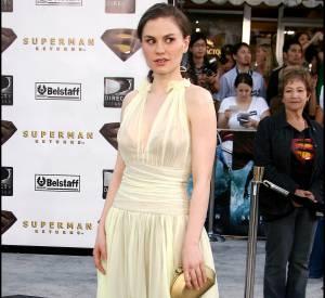 """Anna Paquin à la première de """"Superman le retour"""" en 2006 dit définitivement adieu à ses allures de rebelles et mise sur le romantisme."""