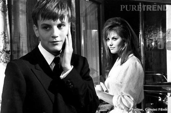 """Jacques Perrin décroche son premier rôle en 1960 dans """"La fille à la valise"""" où il joue avec la très belle Claudia Cardinale."""