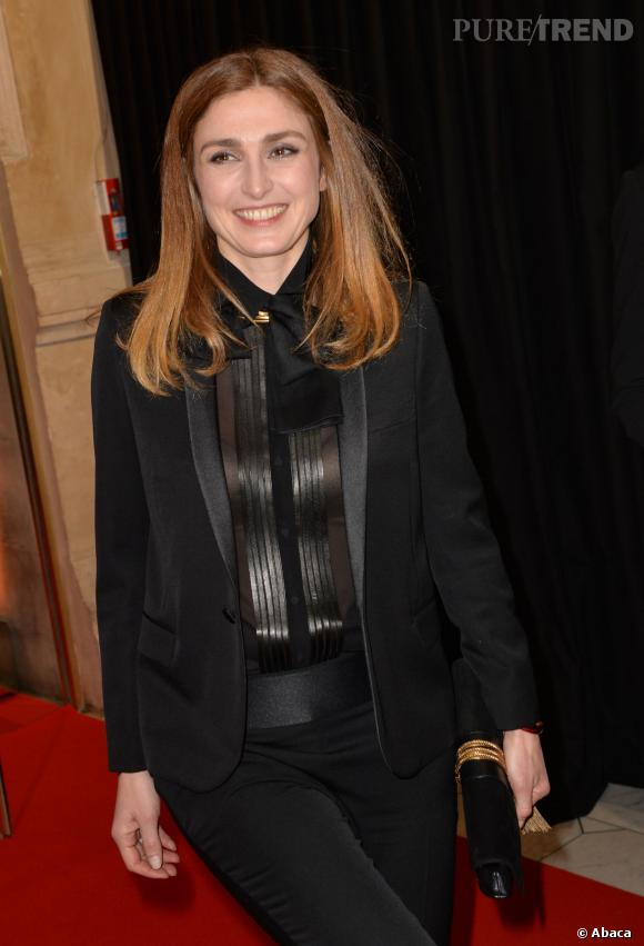 """Julie Gayet serait toujours rattachée au film d'Olivier Loustau, """"Sur la touche""""."""