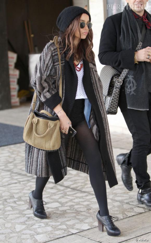 Le Duffel d'Alexander Wang porté par Zoë Kravitz.