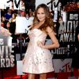 Chrissy Teigen, la baby doll Ulyana Sergeenko aux MTV Movie Awards le 13 avril 2014 à Los Angeles.