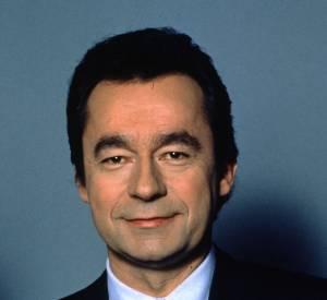 Michel Denisot a débuté sur la première chaîne de l'ORTF en présentant le Journal aux côtés d'Yves Mourousi.
