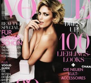 Anja Rubik pour Vogue en 2009.