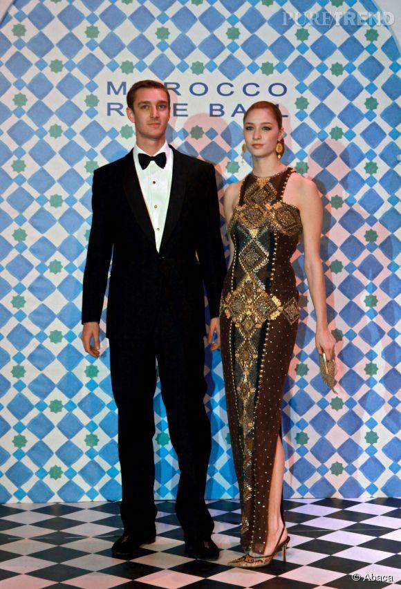 La comtesse Beatrice Borromeo est la petite amie de Pierre Casiraghi depuis 2008. Ici le couple assiste au Bal de la rose à Monaco en 2010.