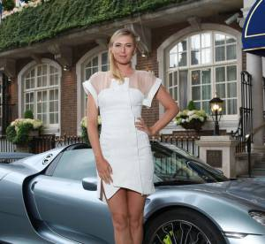 Maria Sharapova : Porsche rutilante et jambes de rêve, le duo gagnant