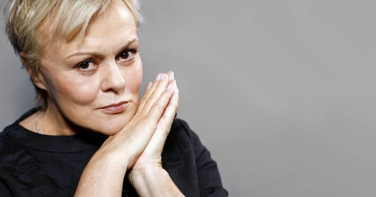 Muriel robin marraine l 39 humour d capant pour l for Muriel robin le salon de coiffure