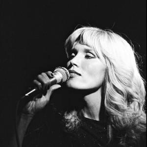 Selon la légende, c'est grâce à David Bowie qu'Amanda Lear s'est lancée dans la musique.
