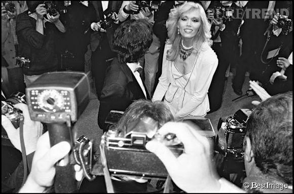 Amanda Lear, l'icône disco en 10 infos.