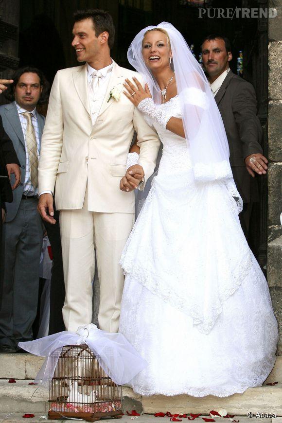 Bertrand Lacherie et Elodie Gossuin se sont dit oui le 1er juillet 2006, et leur bonheur semble toujours intact.