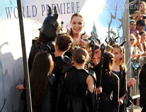"""Angelina Jolie à la première de """"Maléfice"""" à Los Angeles."""