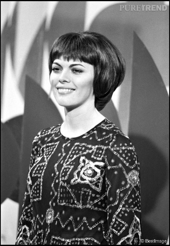 Mireille Mathieu dans les années 60.
