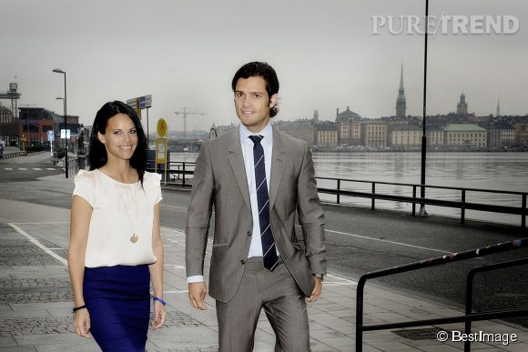 Sofia Hellqvist et son beau prince Carl. Le coup de foudre a été instantané mais le prince a mis plus de deux ans à se présenter en public avec l'ex star de téléréalité.