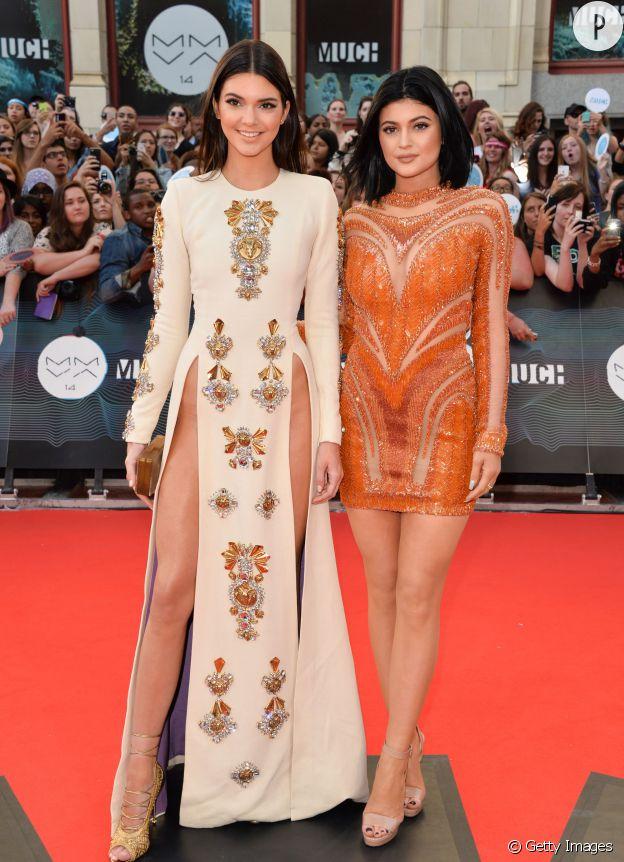 Kendall et Kylie Jenner ont fait fureur sur le tapis rouge des MuchMusic Video Awards 2014, le 15 juin 2014.