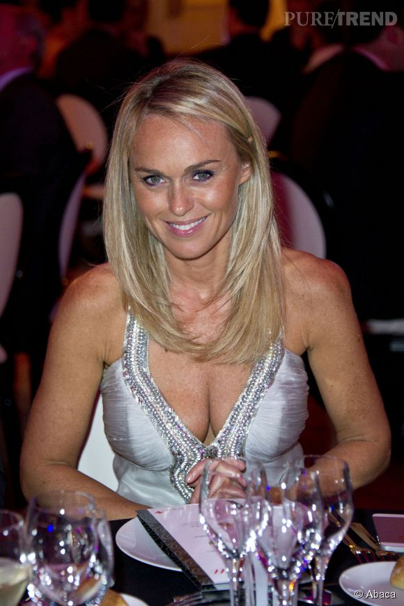 Cécile de Ménibus, una animatrice qui a toujours joué de son sex-appeal.