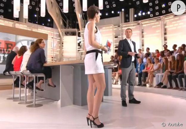 """Emilie Besse dans """"La Nouvelle Edition""""."""