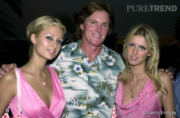Prais Hilton, Bruce Jenner et Nicky Hilton en 2001.