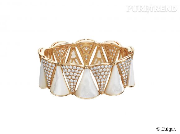 Bracelet Diva en or rose, diamants et nacre.