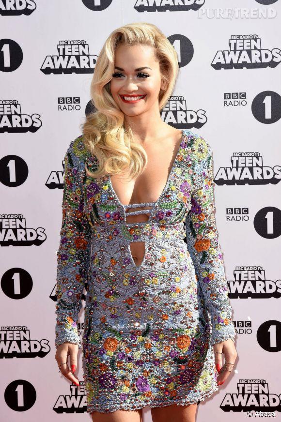 Rita Ora éblouissante et incroyablement sexy pour les BBC Radio 1's Teen Awards qui avait lieu à Londres, le 19 octobre 2014.
