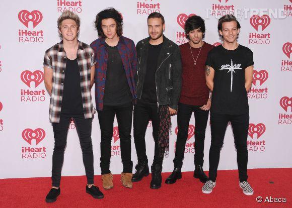 Les One Direction arrivent en première place du classement des jeunes les plus riches d'Angleterre de  Heat magazine  avec une fortune estimée à 77 millions de livres.
