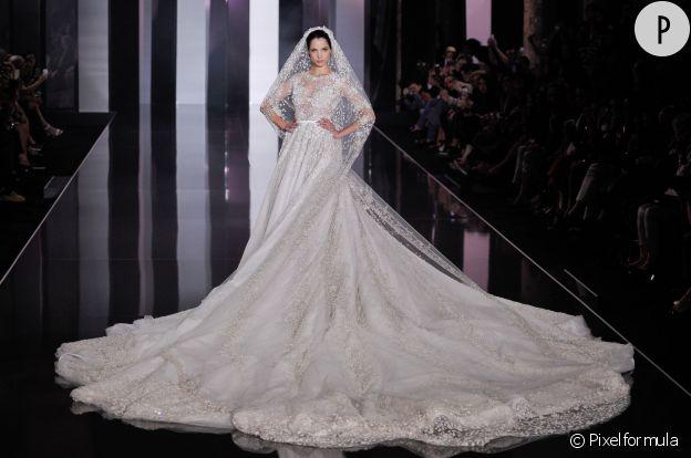 Robe de mariée Ralph RussoPrix sur demande