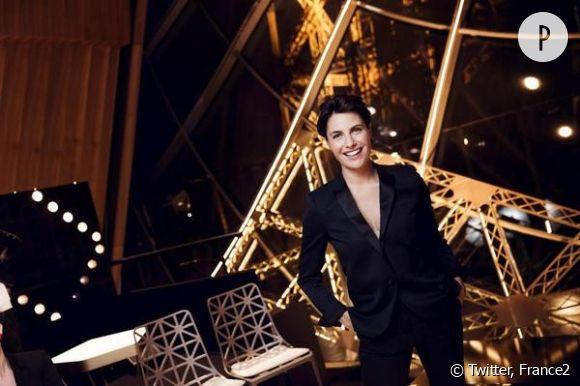 """Alessandra Sublet présente """"Un soir à la Tour Eiffel""""."""
