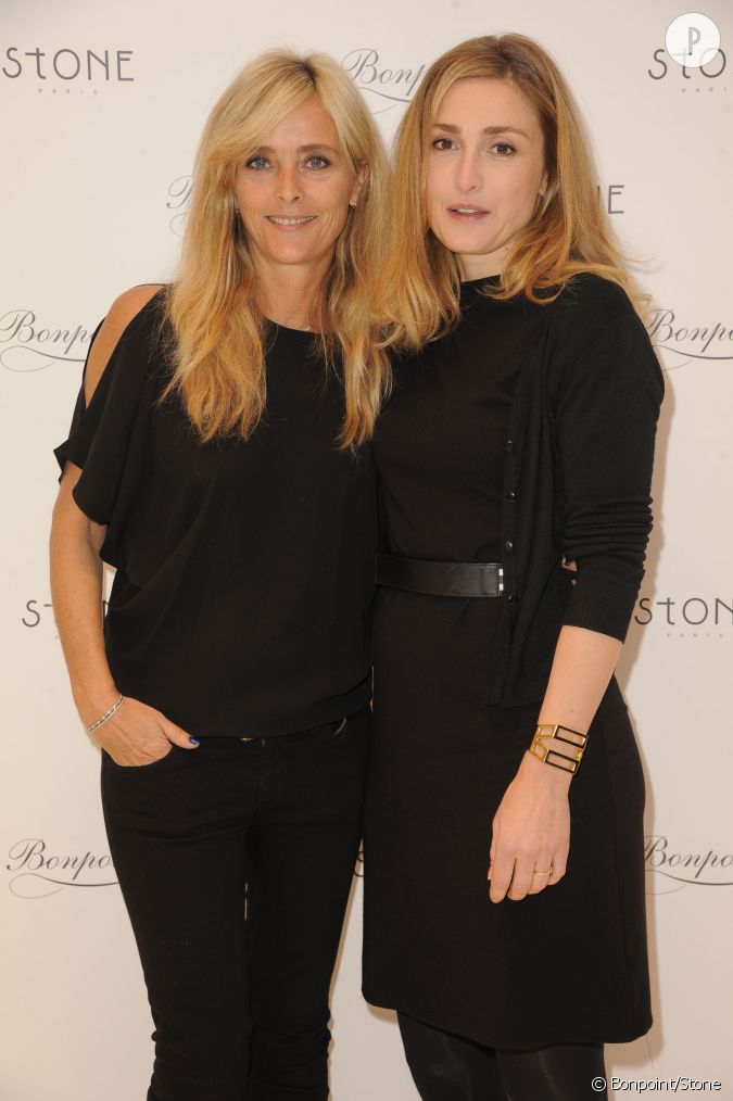 Marie poniatowski et julie gayet lors du cocktail bonpoint for Garage poniatowski paris 12 paris