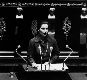 Simone Veil : il y a 40 ans, le début du combat, quel héritage ?