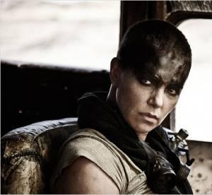 """Charlize Theron : un bras en moins dans le nouveau """"Mad Max"""" !"""