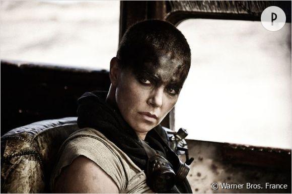 """Charlize Theron dans le rôle de Furiosa pour """"Mad Max: Fury Road""""."""