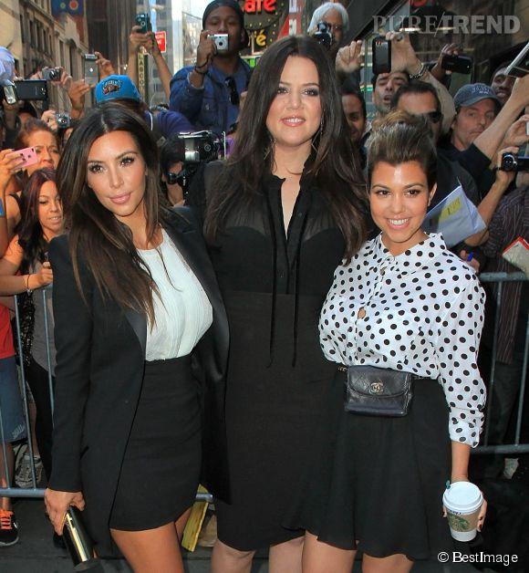 """Khloe Kardashian est la grande soeur de Kim et Kourtney ainsi que de Kylie et Kendall Jenner, on l'a découverte dans l'émission de téléréalité """"Keeping up with the Kardashians"""" produite par Kim."""