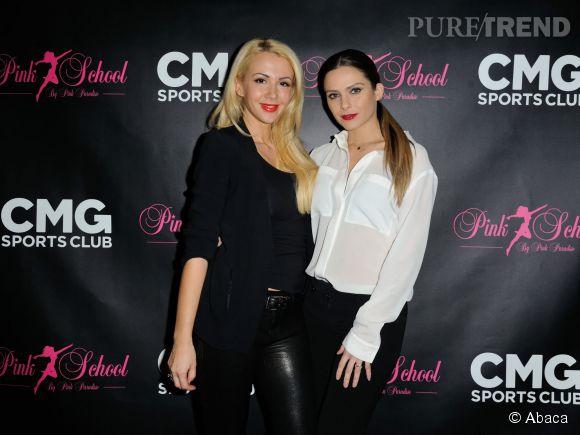 Clara Morgane aux côtés de Joanna Atik, propriétaire avec son mari d'une école de pole dance à Paris.
